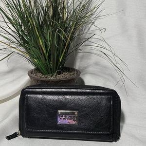 Kenneth Cole Reaction black zip wallet
